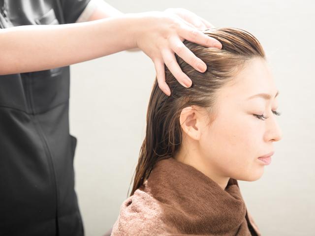 ヘッドスパ・発育毛 /再生美容ラボ Reconte(リコンテ)- 上本町 美容室